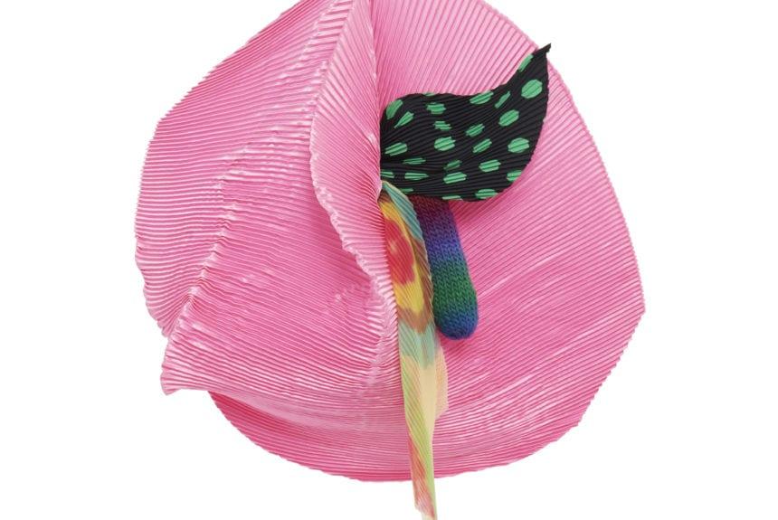 """""""Sogno rosa pallido"""" Tecnica: Poliestere Dimensioni: 43x60x3cm"""